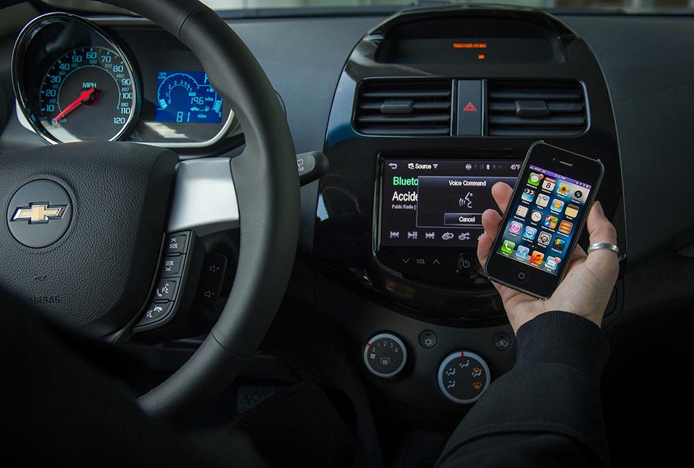 Chevrolet Aveo y Spark integrarán Siri